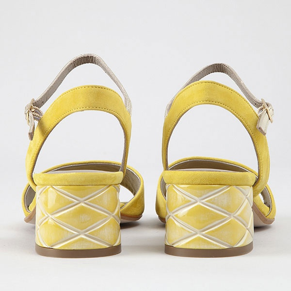 collection-chaussures-pe-19/lucie-jaune-2