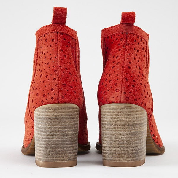 collection-chaussures-pe-19/mucem-rouge-2